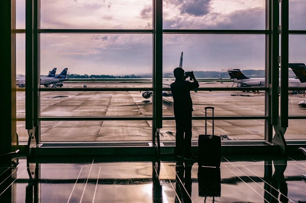 Airport terminal - plane spotting
